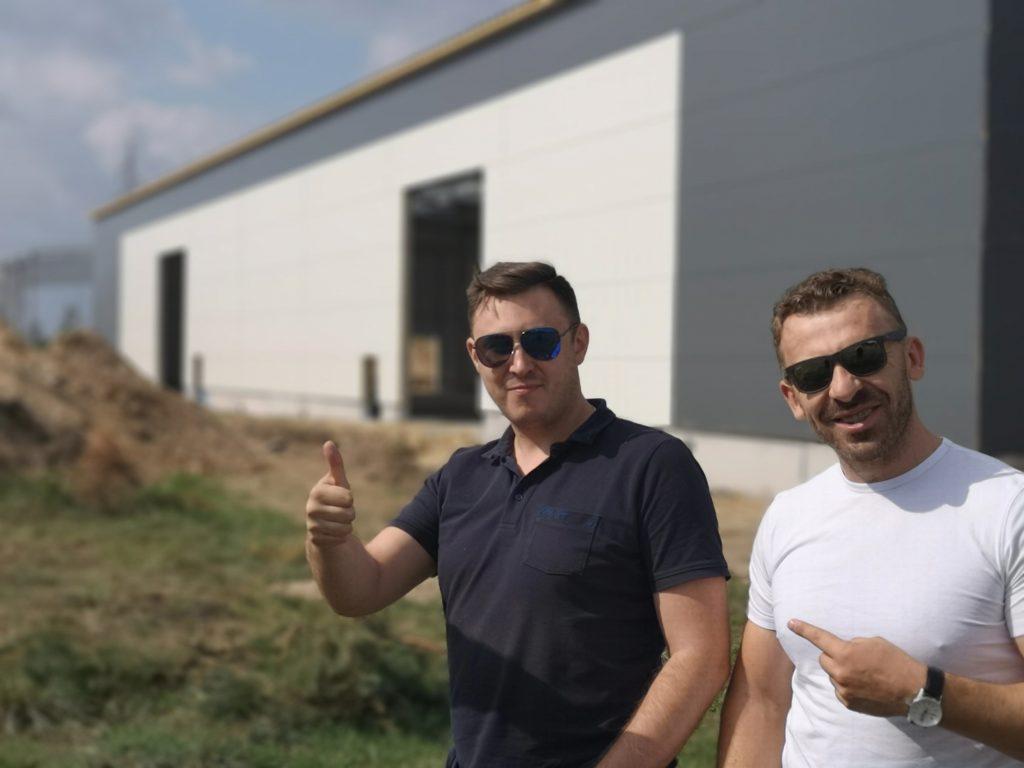 Właściciel wraz z głównym konstruktorem GrupaHale approved !